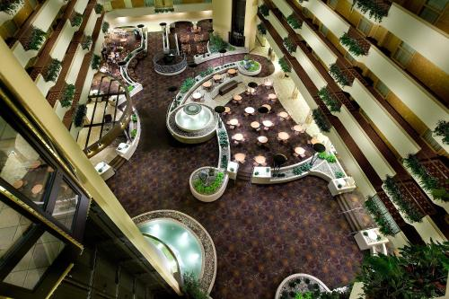 Embassy Suites Hotel Kansas City-International Airport