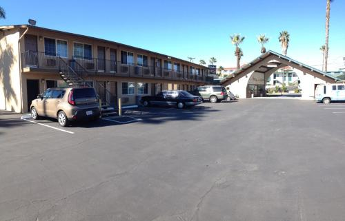Stardust Inn I-805 Naval Base - National City, CA 91950