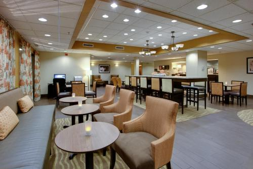 Hampton Inn Winfield Teays Valley Photo