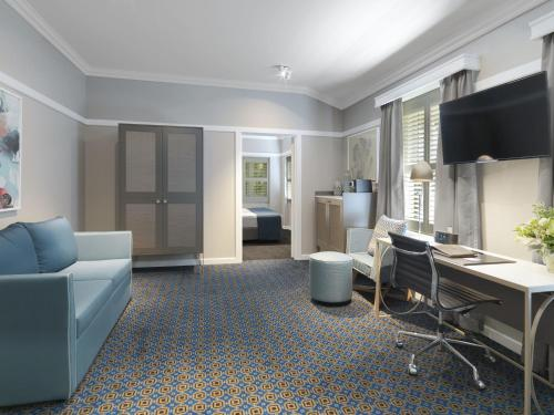 Hotel Kurrajong Canberra photo 18