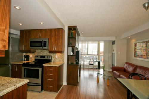 Yorkville Luxury Apartments Photo
