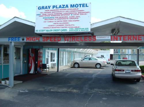 Gray Plaza Motel Photo