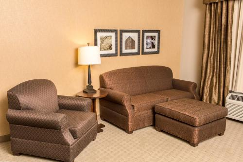 Teddy's Residential Suites New Town Photo