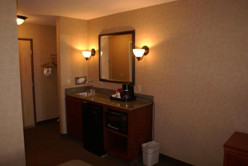 Best Western Plus Kennewick Inn Photo