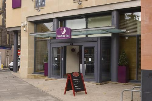 Premier Inn Edinburgh Central photo 3