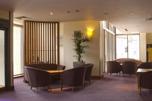 Premier Inn Edinburgh Central photo 7