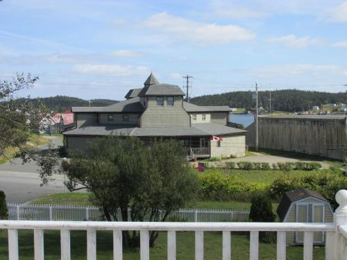 Louisbourg Harbour Inn Photo