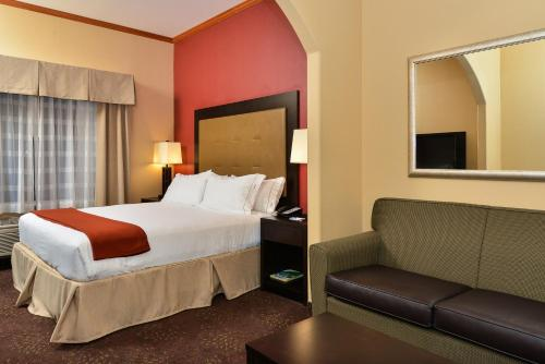 Holiday Inn Express Vancouver North Photo