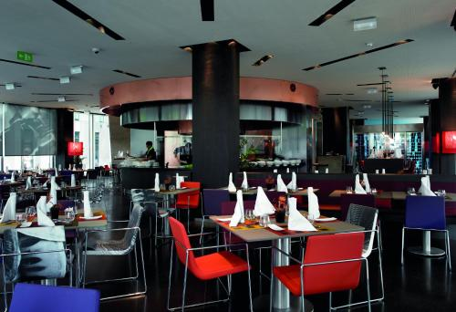 Novotel Barcelona City photo 33