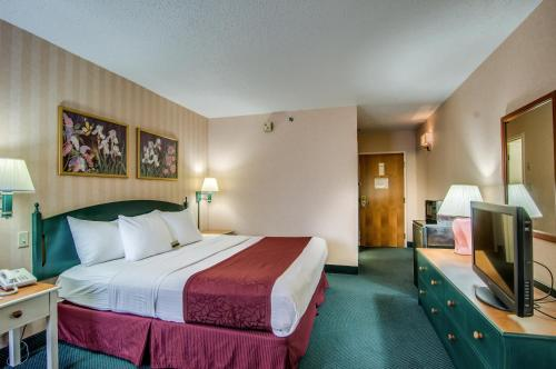 Best Western Staunton Inn Photo