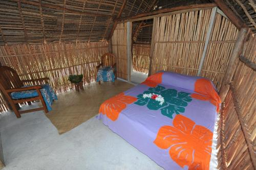 http://www.booking.com/hotel/ck/mitiaro-homestay.html?aid=1728672