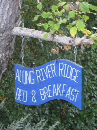 Along River Ridge Bed & Breakfast Photo