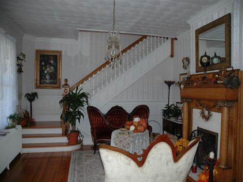 Belle Hearth Bed and Breakfast Photo