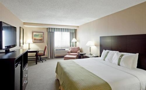 Holiday Inn Plattsburgh-Adirondack Area Photo