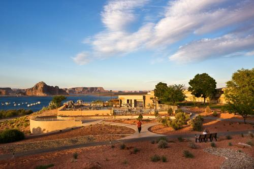 Lake Powell Resort Photo