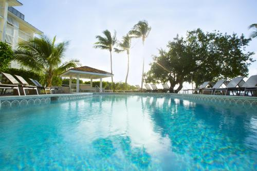 Pelican Cove Resort & Marina Photo