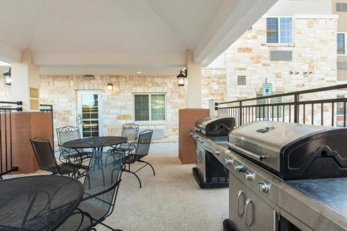 Candlewood Suites New Braunfels Photo