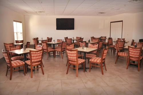 Country Inn and Suites Kearney Photo