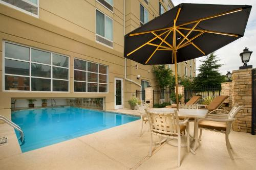 Hilton Garden Inn Atlanta Nw/Kennesaw Town Center - Kennesaw, GA 30144