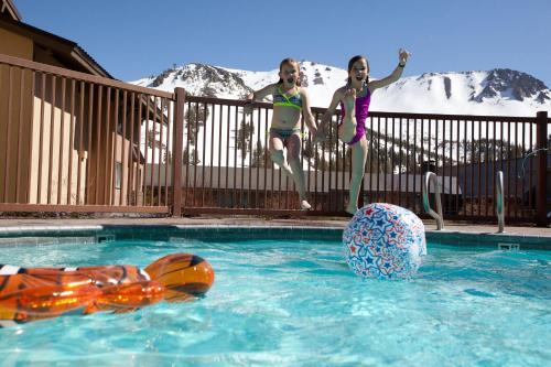 Mammoth Mountain Inn Photo