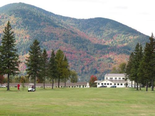 Colebrook Country Club & Hotel Photo