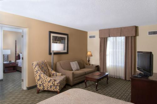 Homewood Suites Durham-Chapel Hill I-40 Photo