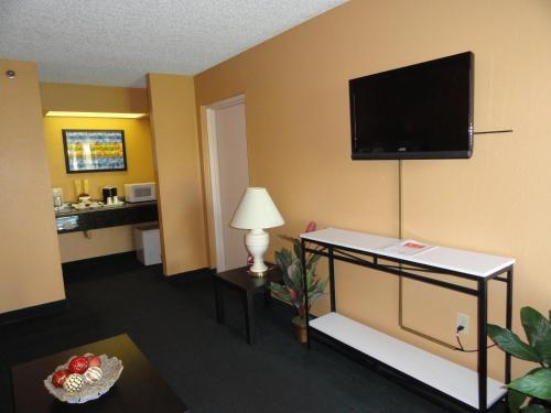 Econo Lodge - Kissimmee Photo