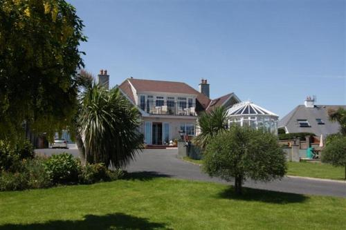 Photo of Cliff House B&B Hotel Bed and Breakfast Accommodation in Tramore Waterford