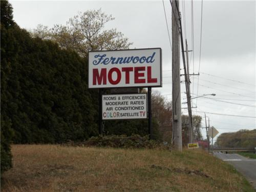 Fernwood Motel Photo