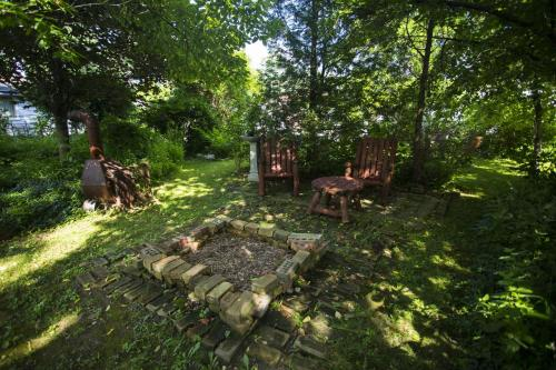Niagara Cottage Rental Photo