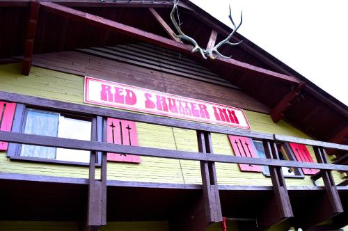 Red Shutter Inn Photo