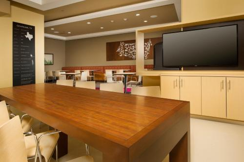TownePlace Suites by Marriott Dallas DFW Airport North/Grapevine Photo