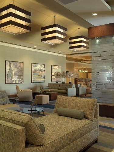 DoubleTree by Hilton Collinsville/St.Louis Photo