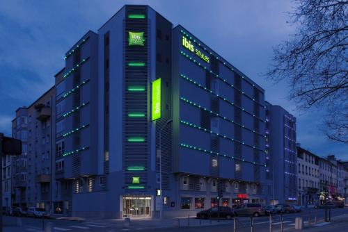 ibis Styles Lyon Confluence staycation