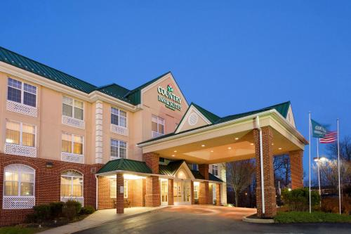 Picture of Country Inn & Suites Newark
