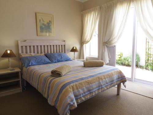 Paternoster Pride 2 Holiday Home Photo