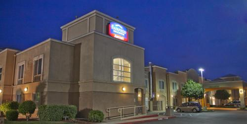Fairfield Inn & Suites Modesto Photo