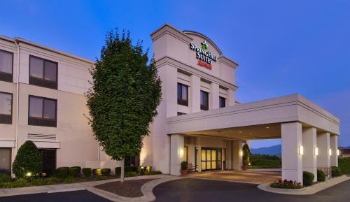 SpringHill Suites Asheville Photo