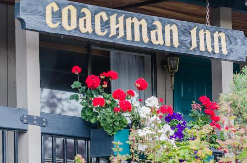 Coachman Inn Oak Harbor Photo