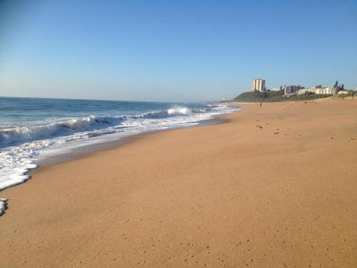 Seaview Apartment Amanzimtoti Photo