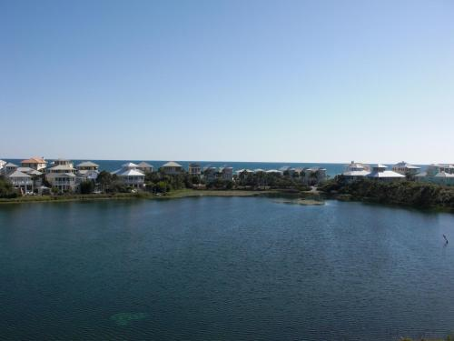 Carillon Beach Resort Inn Photo