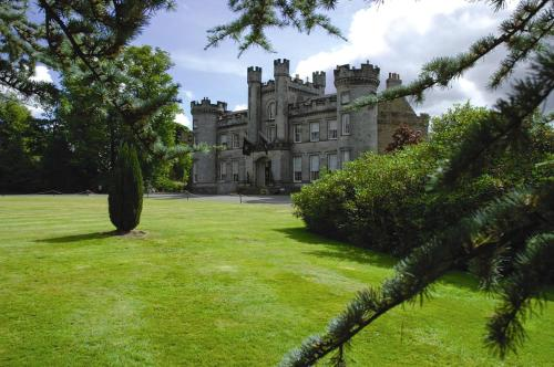 Airth Castle Hotel