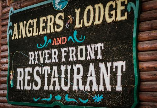 Angler's Lodge Photo