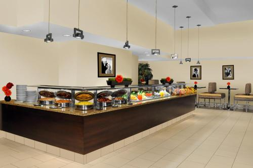 DoubleTree Suites by Hilton NYC - Times Square photo 31