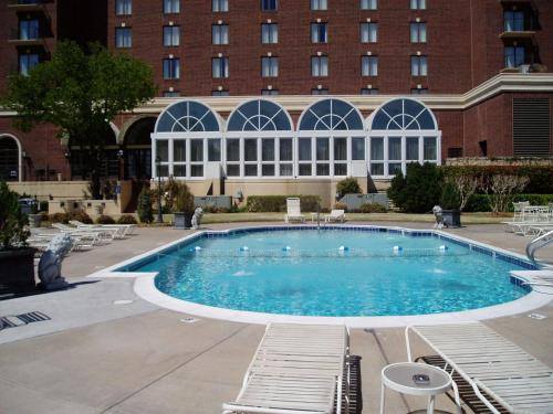 Renaissance Waterford Oklahoma City Hotel Photo