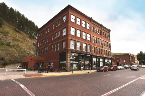 Photo of Deadwood Dick's Hotel hotel in Deadwood
