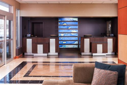 Radisson Hotel Roseville Photo