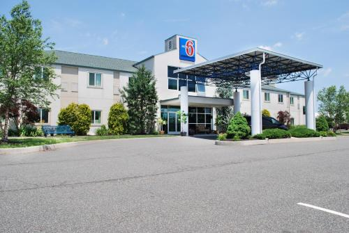 Motel 6 Pottstown Photo