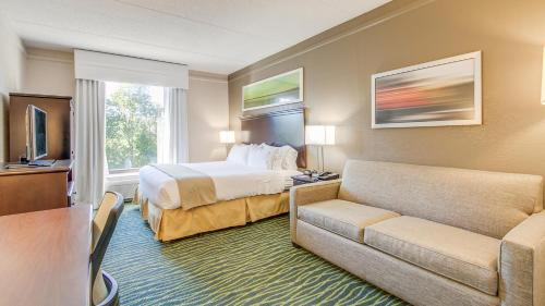 Holiday Inn Express Hotel & Suites Midlothian Turnpike Photo