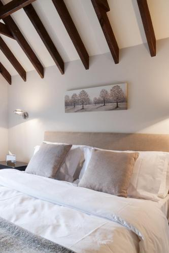 Hurtwood Hotel Bed Breakfast Guildford